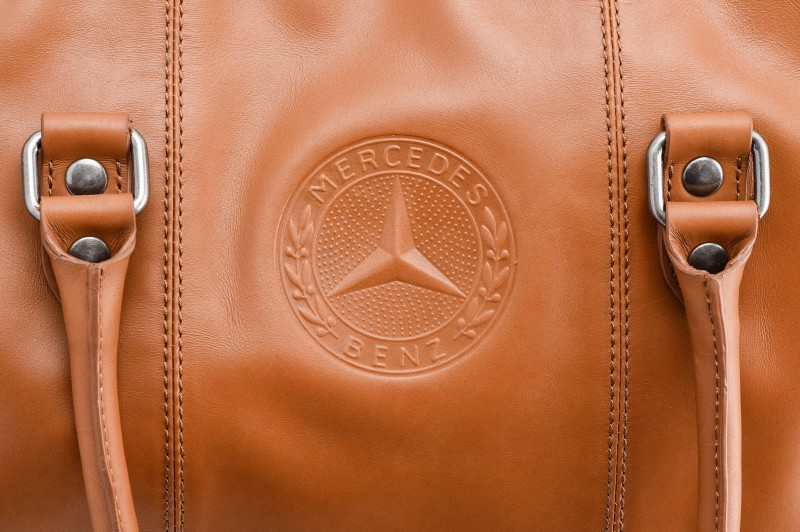 Mercedes benz wallets bags mercedes benz shop for Mercedes benz clothes and accessories