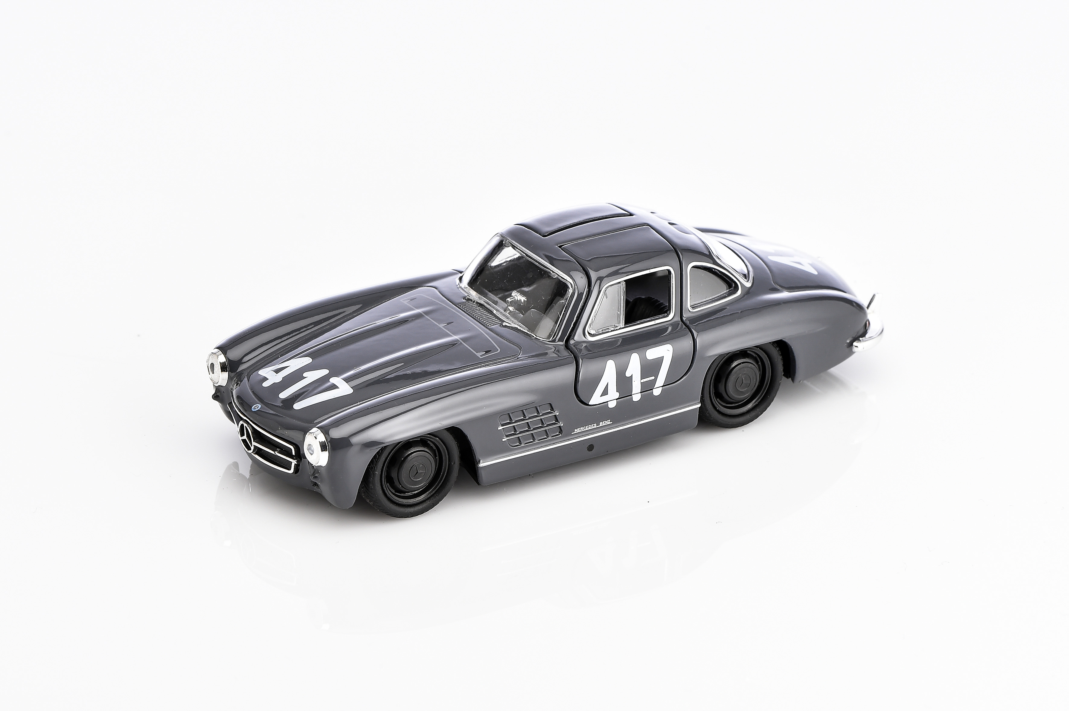300 sl mille miglia 417 special edition mercedes benz. Black Bedroom Furniture Sets. Home Design Ideas